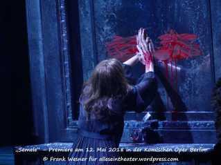 Nicole Chevalier als Semele - Premiere am 12. Mai 2018 in der Komischen Oper Berlin © Frank Wesner